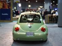 2001 Volkswagen New Beetle image.