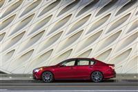 2018 Acura RLX thumbnail image