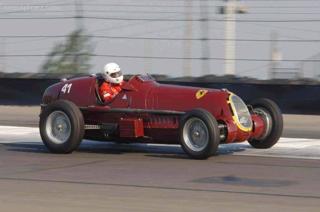 1935 alfa romeo 8c 35 at the zippo u s vintage grand prix at watkins glen. Black Bedroom Furniture Sets. Home Design Ideas