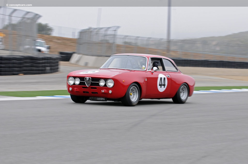 1969 Alfa Romeo GTA 1300 Junior