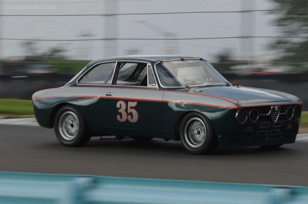 1969 Alfa Romeo 1750 Gt Veloce Image