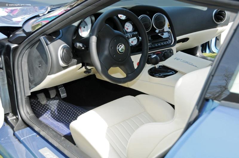 Alfa Romeo Giulia Range Debut Video  Fiat 500 USA