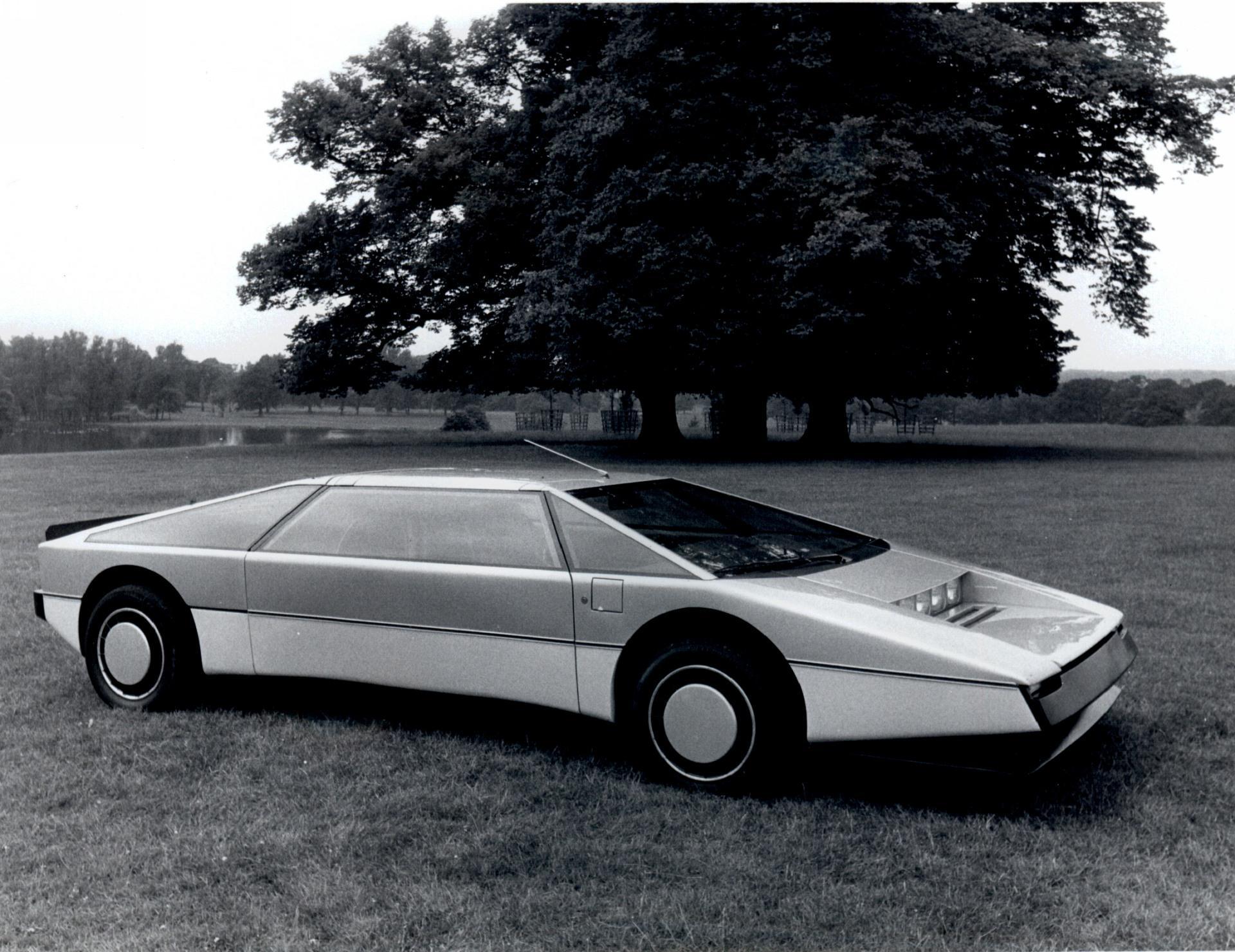 1980 Aston Martin Bulldog Concept Conceptcarz Com
