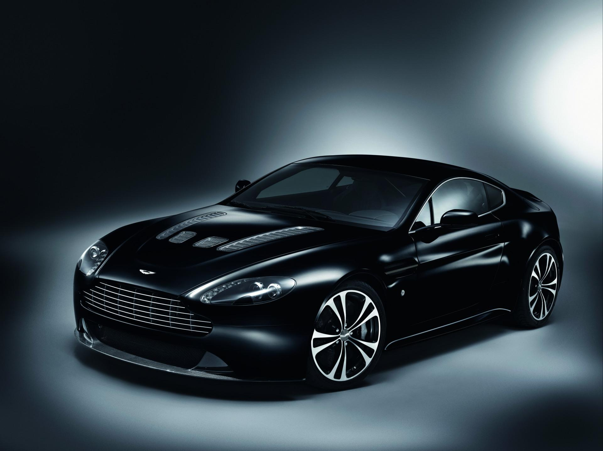 2010 Aston Martin V12 Vantage Carbon Black Edition News And Information