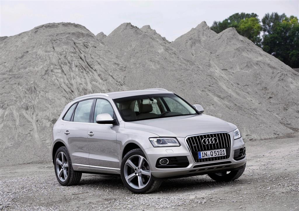 auction results and sales data for 2016 audi q5. Black Bedroom Furniture Sets. Home Design Ideas