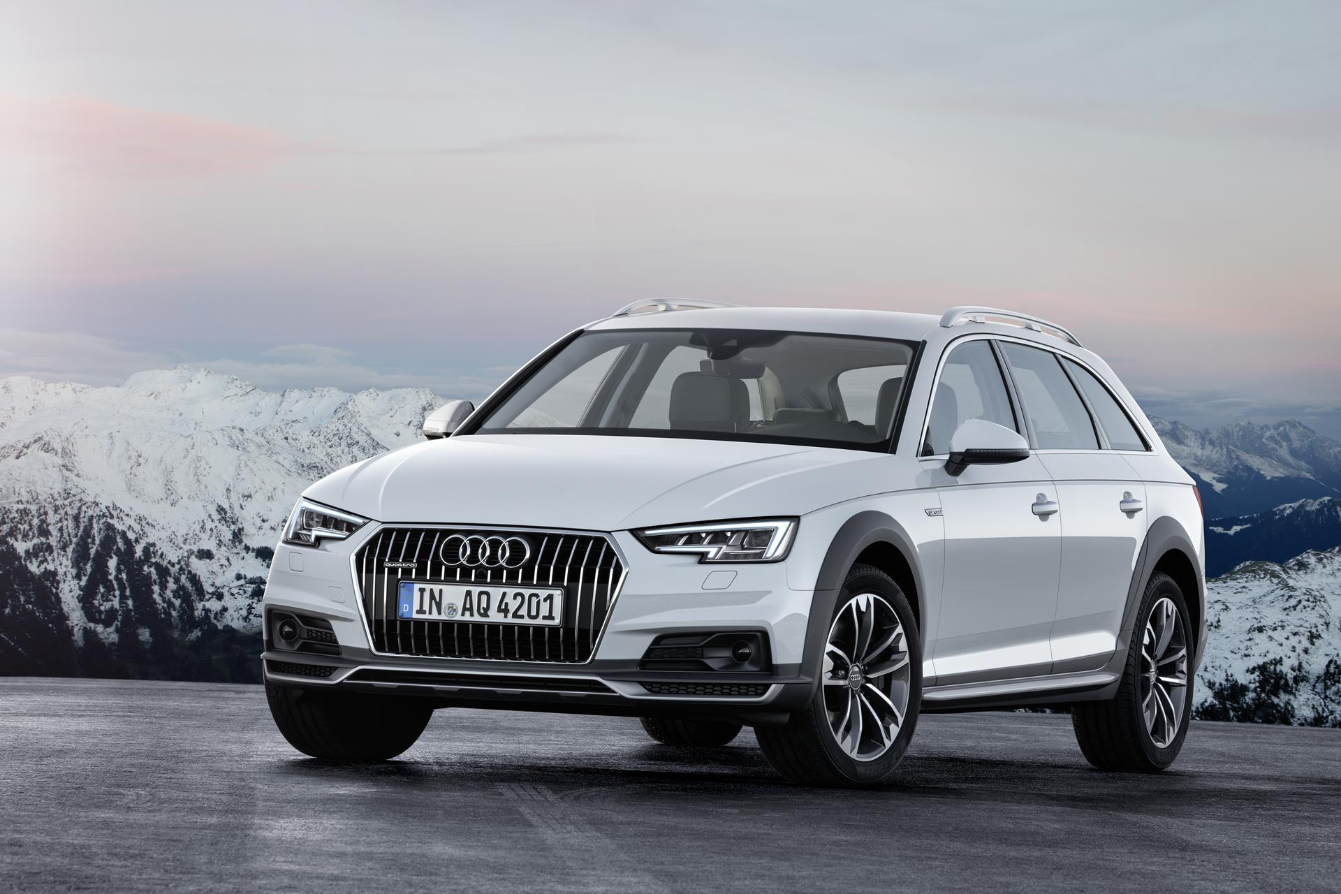 2017 audi a4 allroad quattro news and information. Black Bedroom Furniture Sets. Home Design Ideas