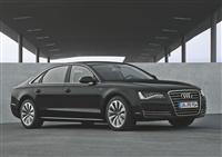 2013 Audi A8 L image.