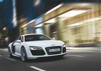 2013 Audi R8 V10 image.