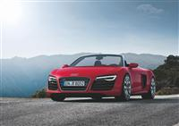2013 Audi R8 Spyder image.