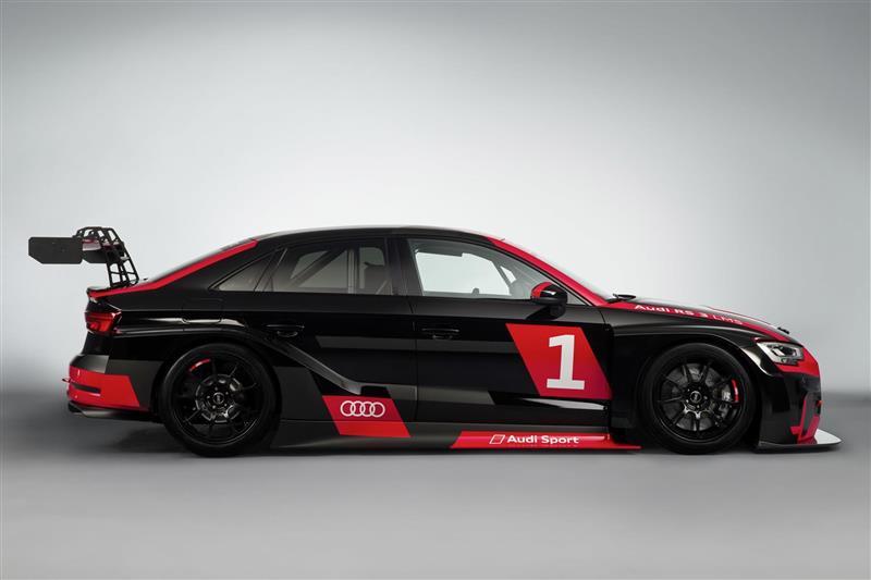 2017 Audi RS 3 LMS