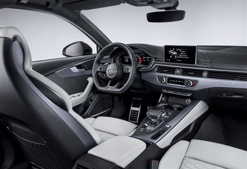 2017 Audi RS 4 Avant