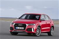 2016 Audi RS Q3 image.