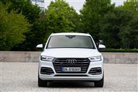Popular 2019 Audi Q5 TFSI e Wallpaper