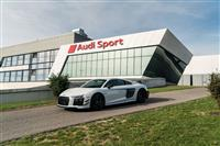 Popular 2018 Audi R8 V10 plus Competition Package Wallpaper