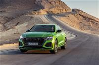 Popular 2020 Audi RS Q8 Wallpaper