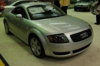 2004 Audi TT image.