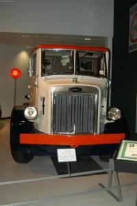 1935 Autocar UD 1200 Gallon Fuel Tanker image.