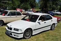 2004 BMW 3-Series image.