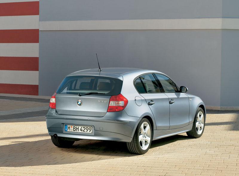2005 BMW 1 Series Image. https://www.conceptcarz.com/images/BMW ...