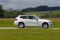 2012 BMW X1 image.