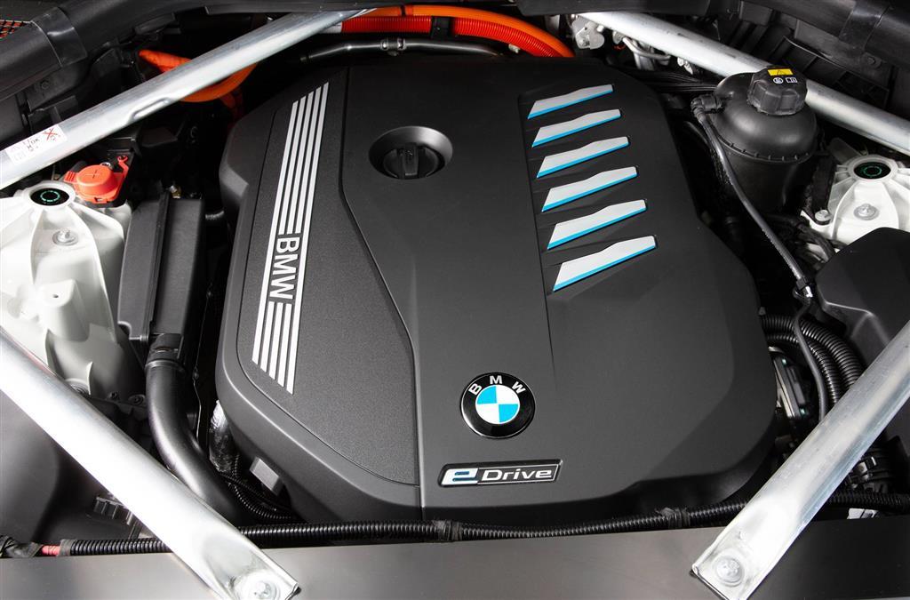 2021 BMW X5 xDrive45e PHEV News and Information - .com