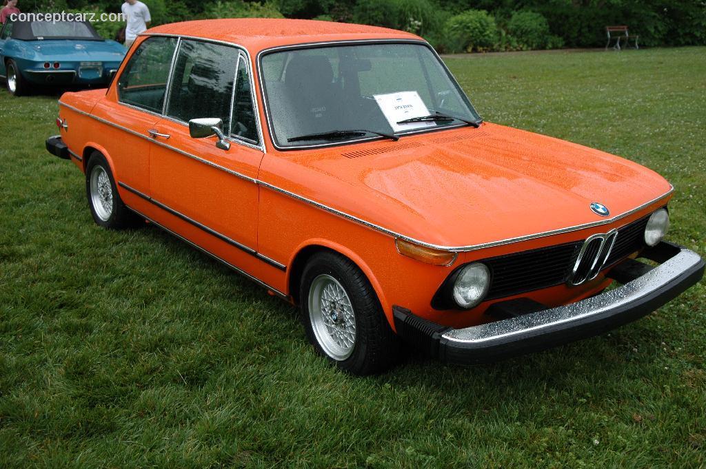 1974 BMW 2002 Image. https://www.conceptcarz.com/images/BMW/74_BMW_2002_BY_05_Cinci_04.jpg