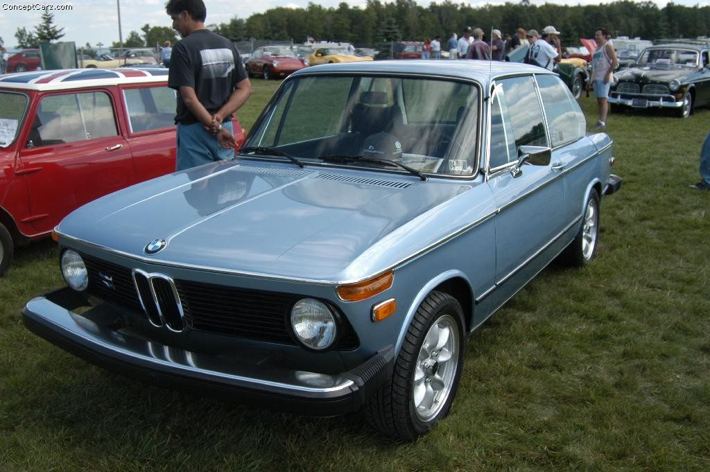 1976 BMW 2002 Image. https://www.conceptcarz.com/images/BMW/76_bmw_2002_wgvr_03_01.jpg