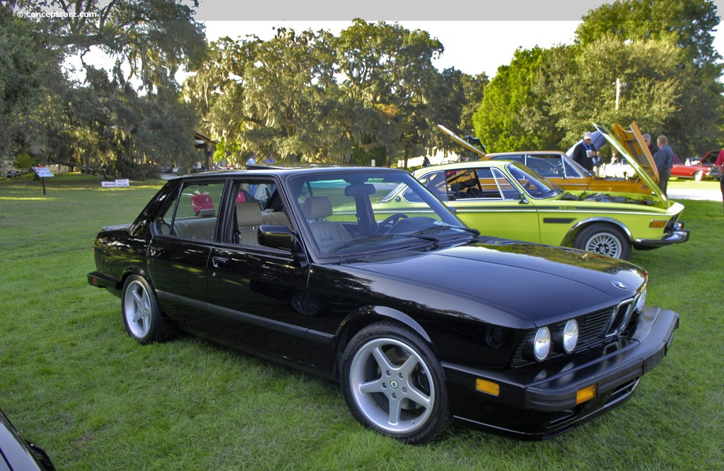 auction results and sales data for 1988 bmw m5. Black Bedroom Furniture Sets. Home Design Ideas