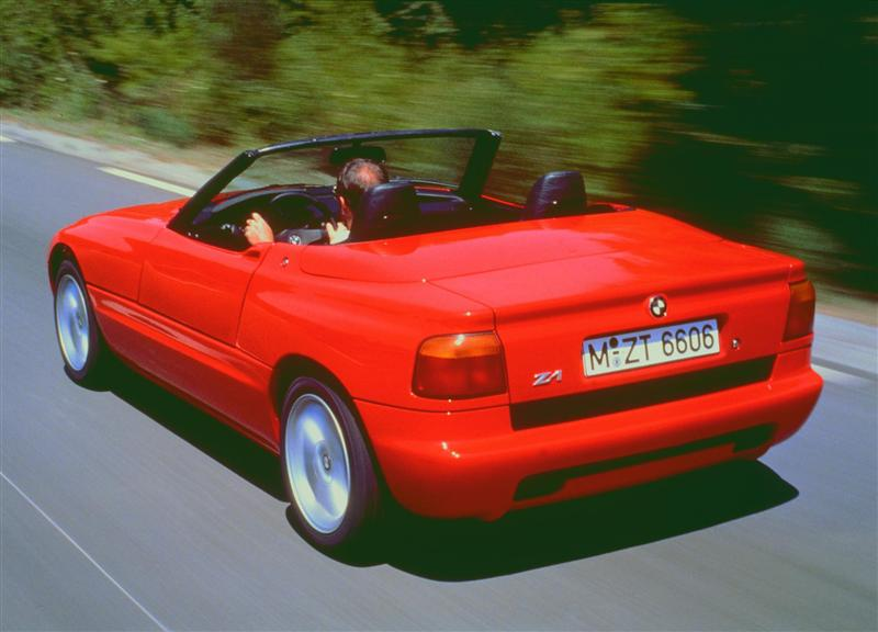 1988 BMW Z1 Image. https://www.conceptcarz.com/images/BMW/88-BMW_Z1 ...