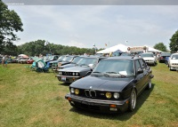 1988 BMW M5 image.