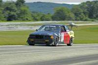 1994 BMW 325 image.