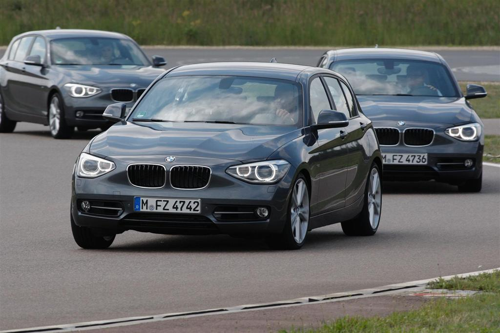 Cars On Line >> 2012 BMW 1-Series Sport Line Image. Photo 104 of 162