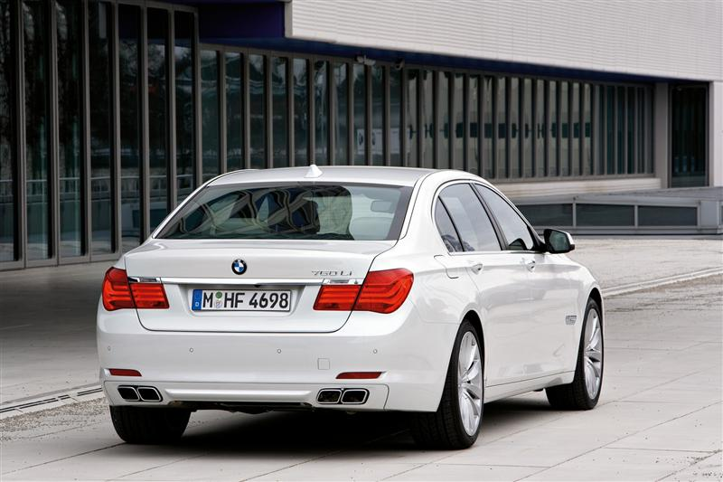 2009 BMW 760Li News And Information
