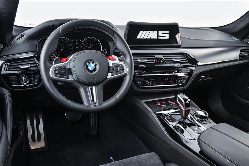 2018 BMW M5 MotoGPTM Safety Car