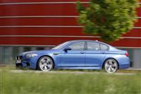 2012 BMW M5 image.