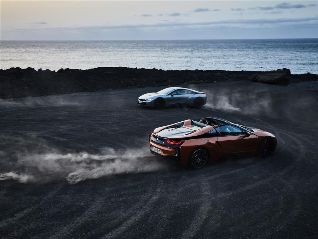 2018 Bmw I8 Roadster News And Information Conceptcarz Com