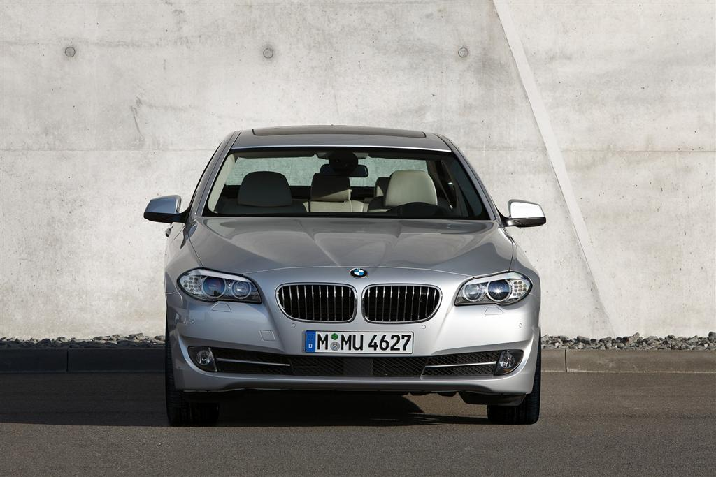 Auction Results and Sales Data for 2011 BMW 5 Series