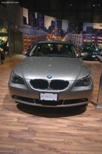 2005 BMW 530i image.