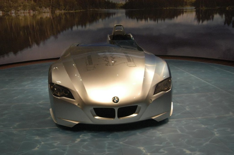 2004 BMW H2R Concept Pictures, History, Value, Research, News ...