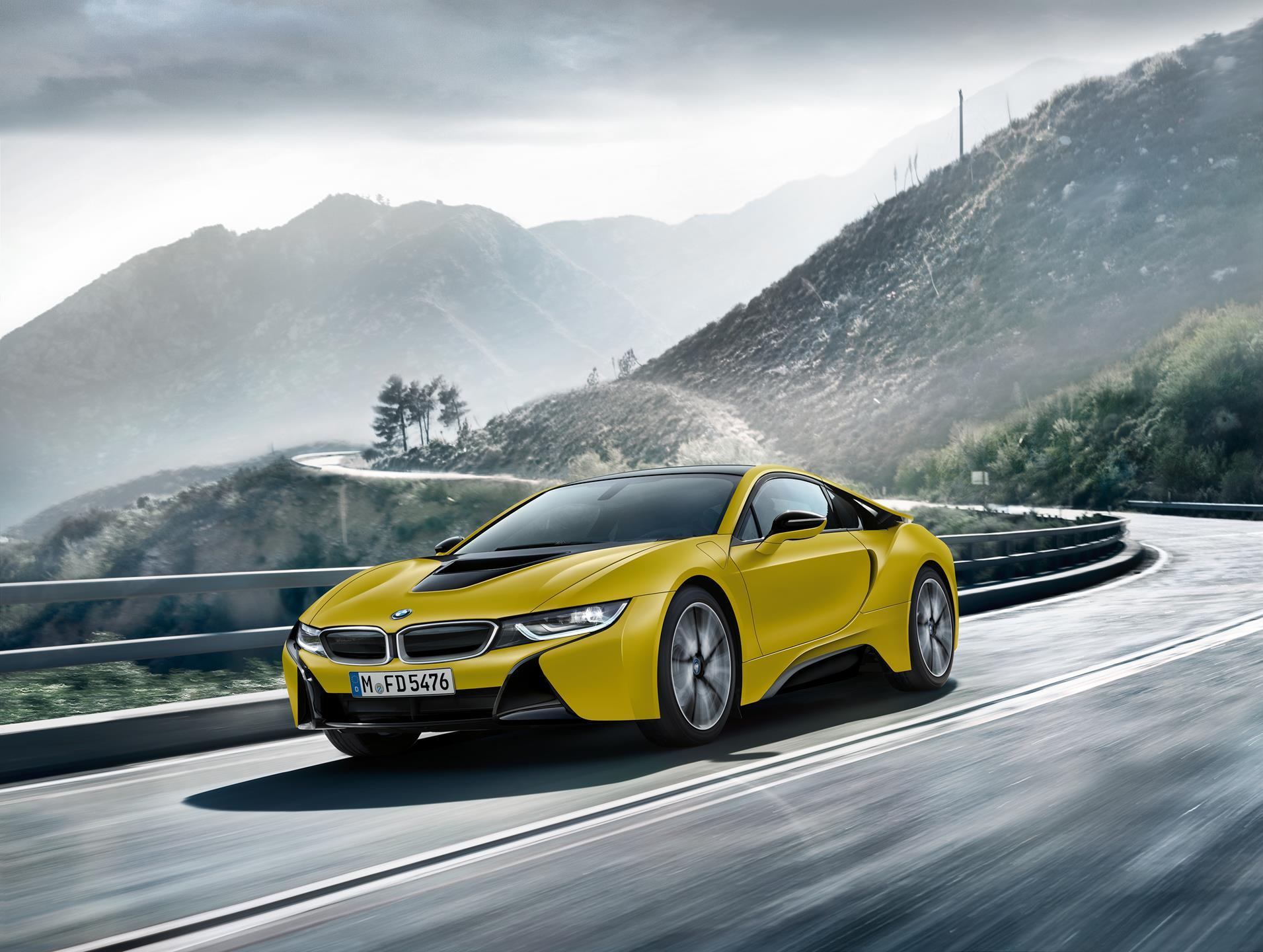 2017 BMW i8 Frozen Yellow Edition