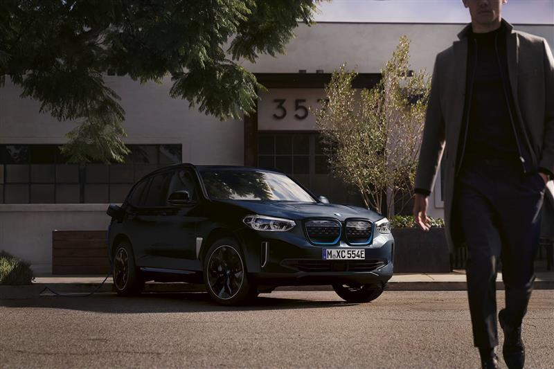 2021 BMW iX3 Premier Edition