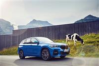 Popular 2020 BMW X1 xDrive25e Wallpaper