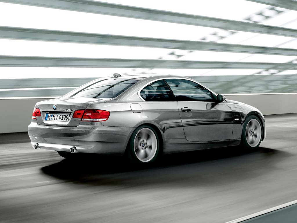 Bmw 3 Series Sedan Engines Fascinating Drive Technology Spanning Five Vehicle Generations In 1975 The Sporty Midrange Elished A New