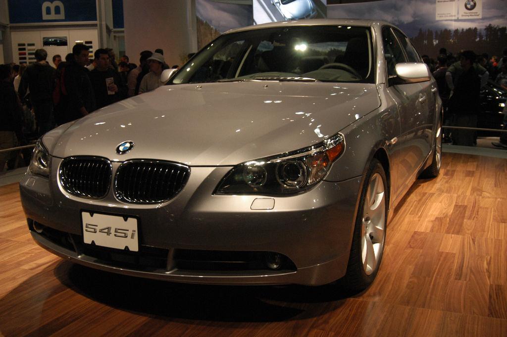 Bmw 3 2018 >> 2005 BMW 545i Image. Photo 3 of 17
