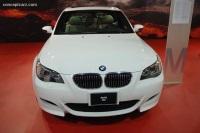 2007 BMW M5 image.