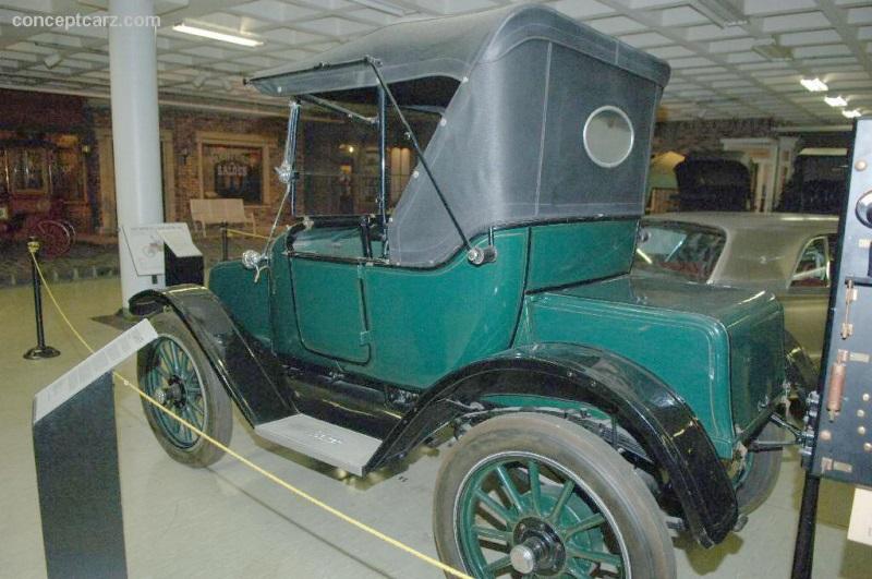 1913 Baker WB Roadster