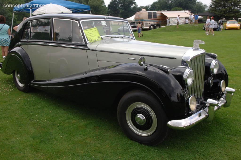 1952 Bentley R Type Image Https Www Conceptcarz Com Images Bentley 52 Bentley R Type Saloon