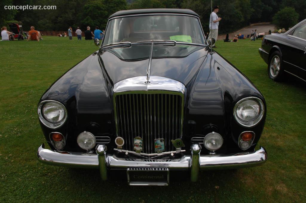 1960 bentley s2 continental at the pittsburgh vintage grand prix car show. Black Bedroom Furniture Sets. Home Design Ideas