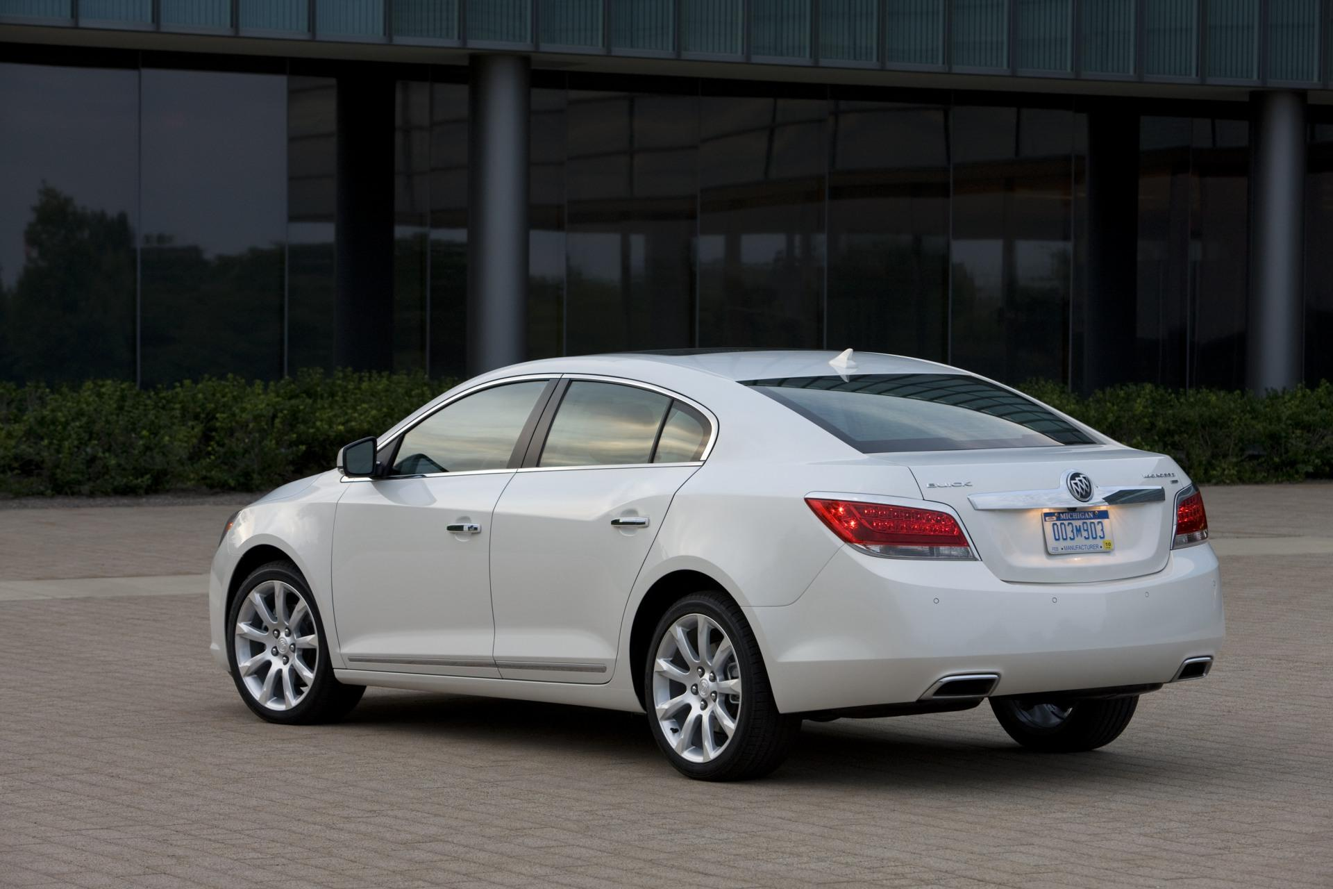 2011 Buick Lacrosse Image Photo 21 Of 34