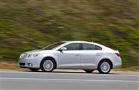 2013 Buick LaCrosse image.
